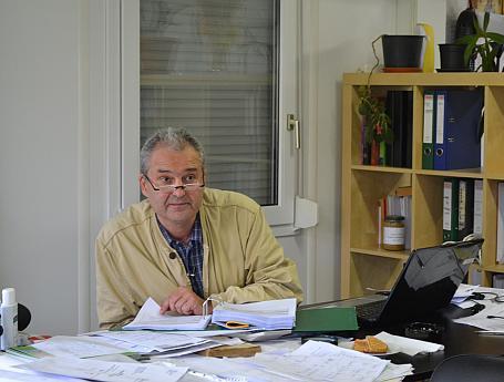 Piero Francisci la birou