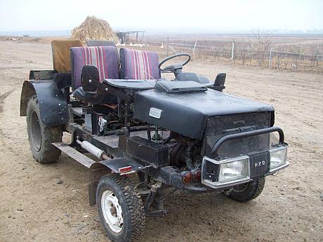 Tractor construit de un moldovean