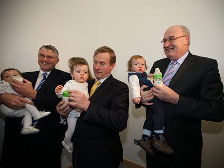 Comisarul Phil Hogan fabrica lapte praf