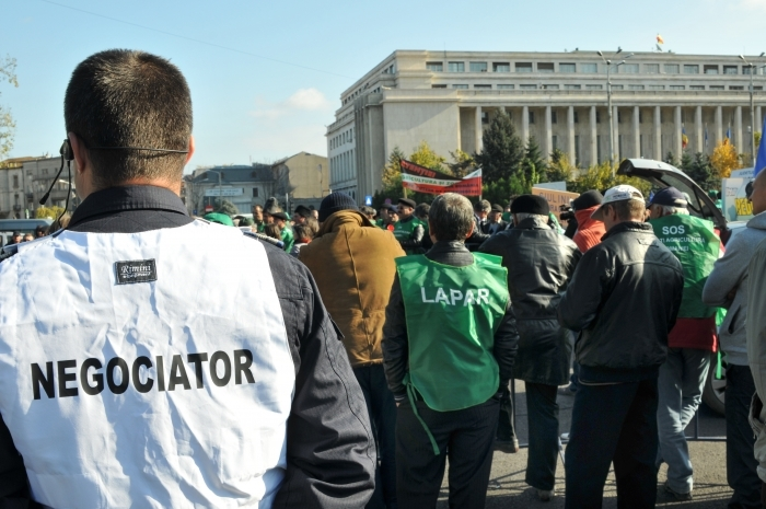 2012_11_07_protest crescatori de animale la guvern 3_rsz