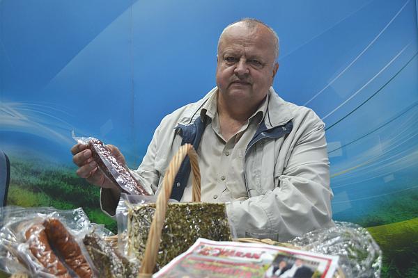Ioan Tataran crescator Porci Mangalita