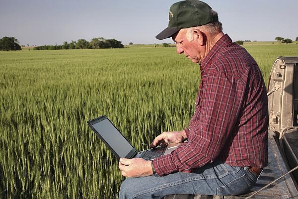 depunere proiect finantare europeana fermieri