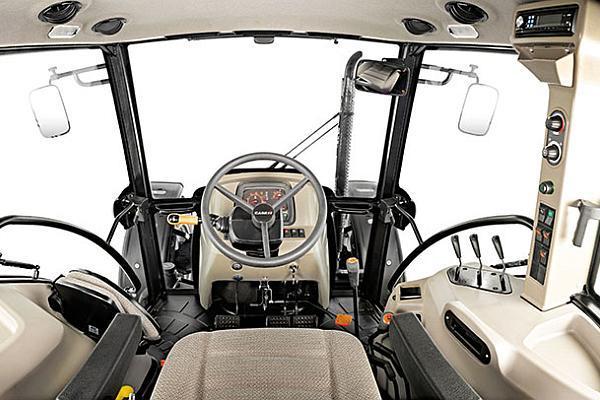 interior tractor Case IH Farmall A