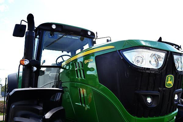 tractor IPSO