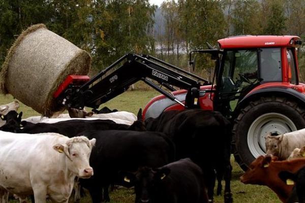 tractor valtra 83 hightech