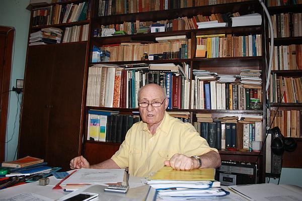 Profesorul Aurel Lup