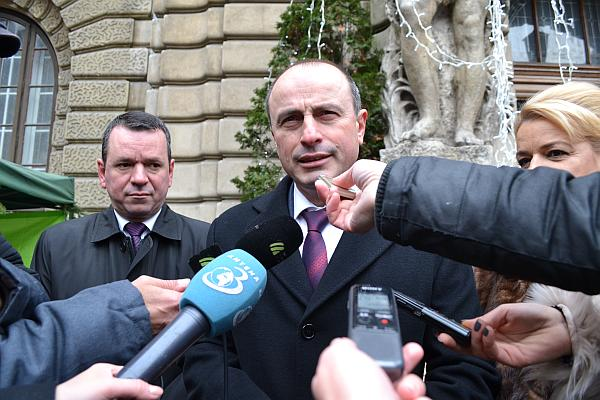 Ministrul Achim irimescu