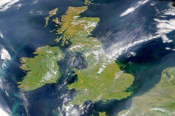 Marea Britanie Satelit