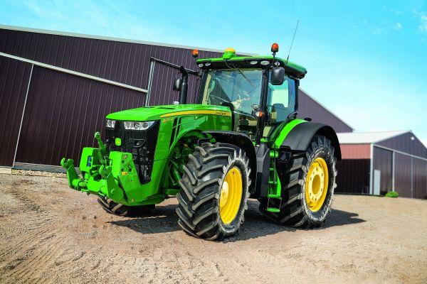 Tractor 8370RT