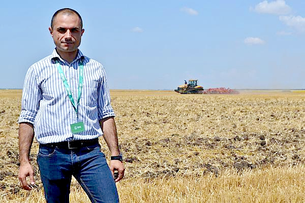 Tractorul cu mulți cai putere ne-a fost prezentat de Vasile Nica, specialist și brand manager Challenger în cadrul MEWI