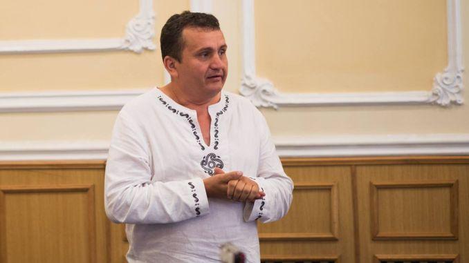 Avram Fițiu militează pentru întoarcerea tinerilor în satul românesc (Foto: Facebook.com/Ziua Cânepii)