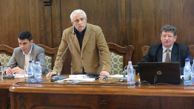Ministrul agriculturii Petre Daea a participat vineri la Adunarea Generală a Federației Crescătorilor de Bovine din România, organizație afiliată Federației Naționale Pro Agro
