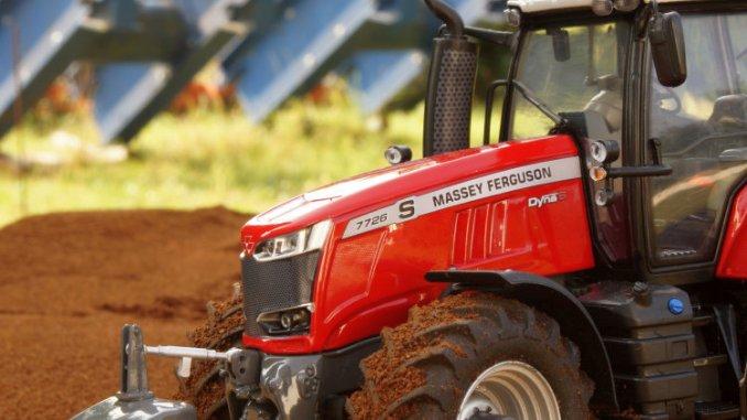 tractor Massey Ferguson 7726 S