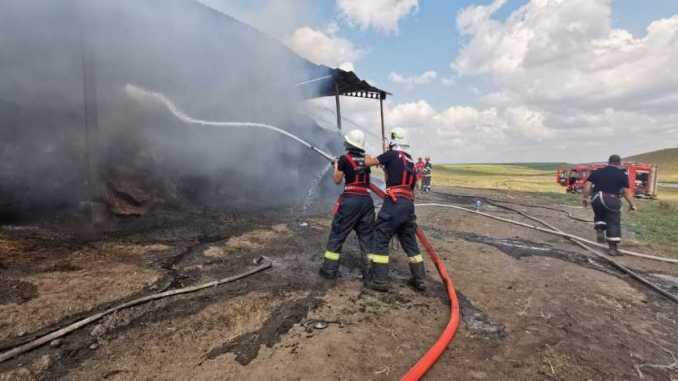 interventie-pompieri-incendiu